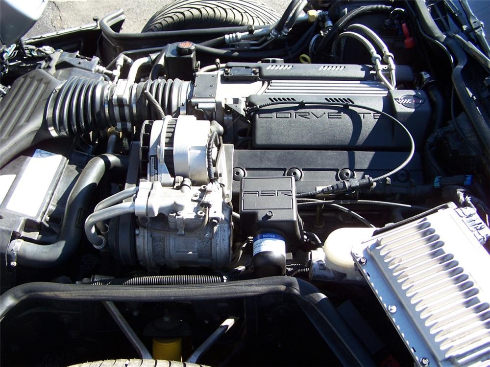 1996 CHEVROLET CORVETTE CONVERTIBLE - Engine - 39880