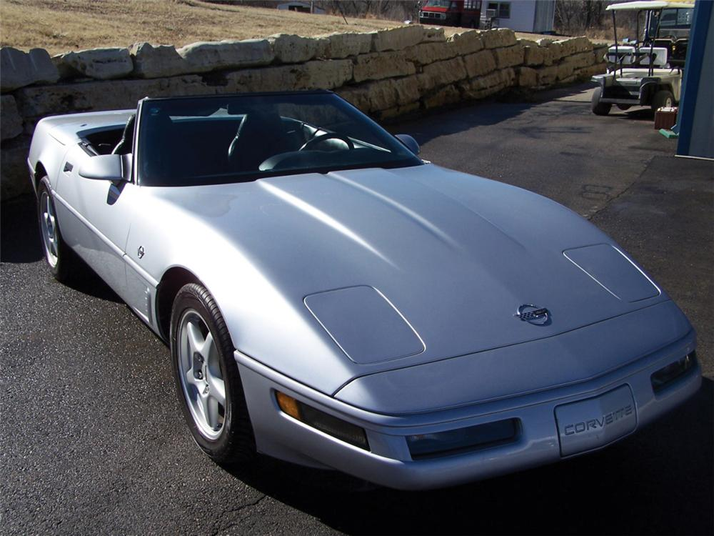 1996 CHEVROLET CORVETTE CONVERTIBLE - Front 3/4 - 39880