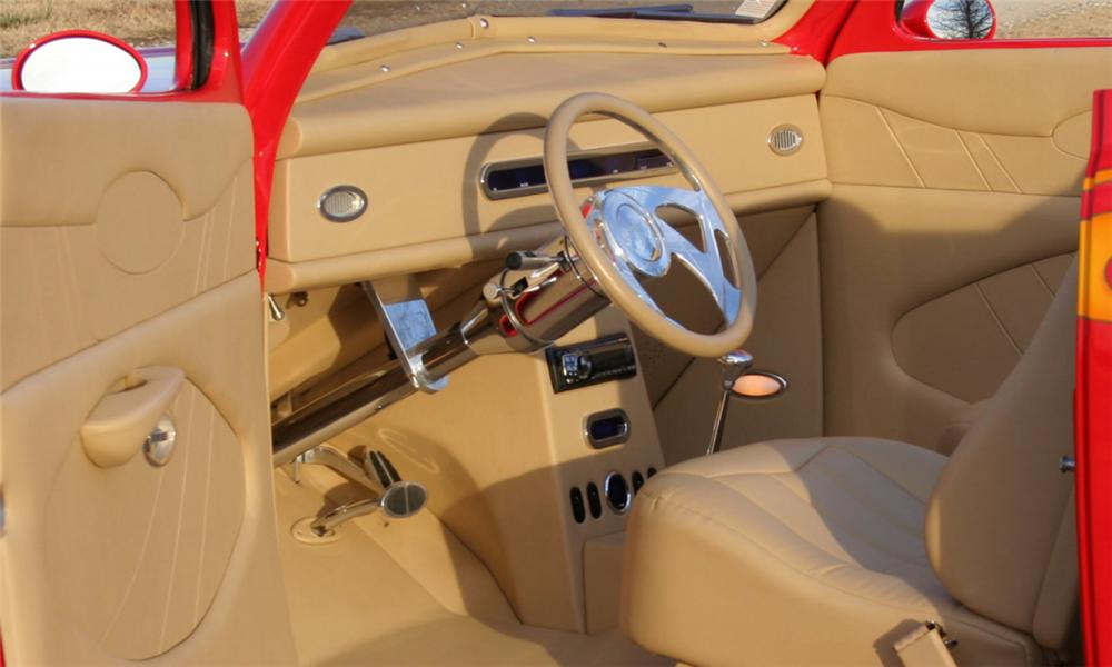 1947 FORD CUSTOM TUDOR CONVERTIBLE - Interior - 39887