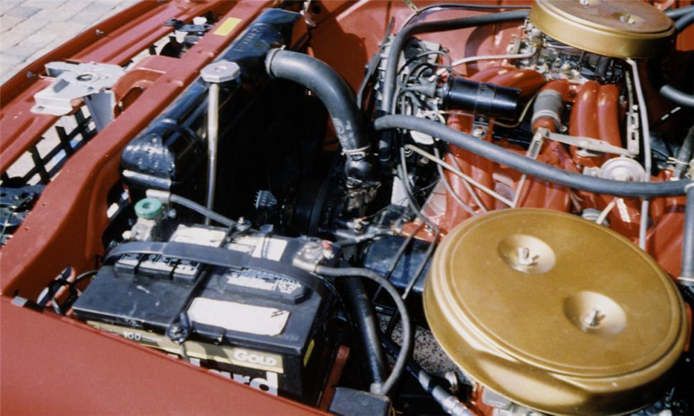 1961 CHRYSLER 300G CONVERTIBLE - Engine - 39889