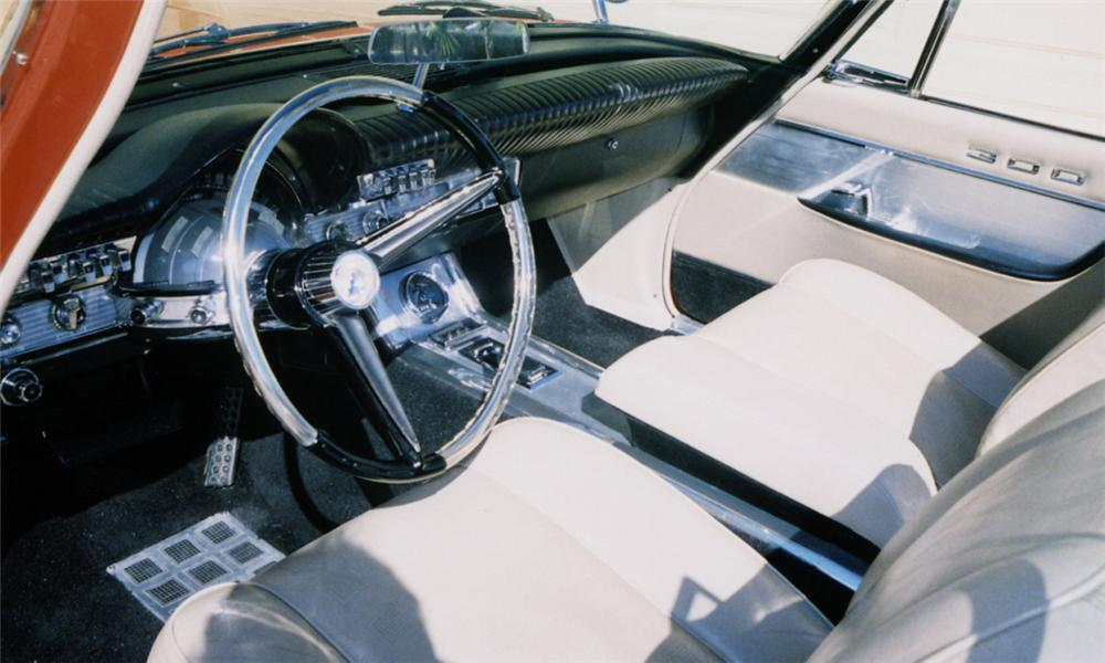 1961 CHRYSLER 300G CONVERTIBLE - Interior - 39889