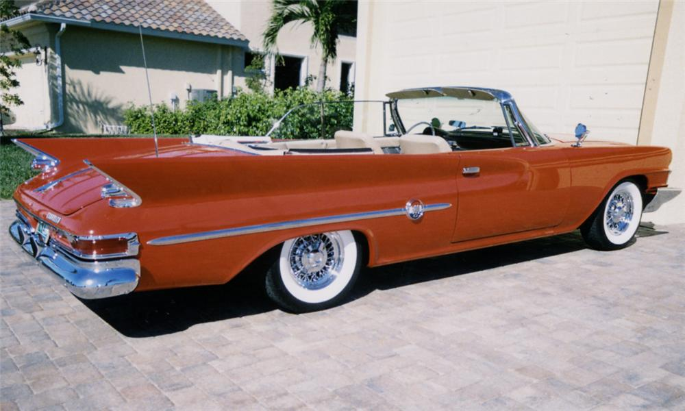 1961 CHRYSLER 300G CONVERTIBLE - Rear 3/4 - 39889
