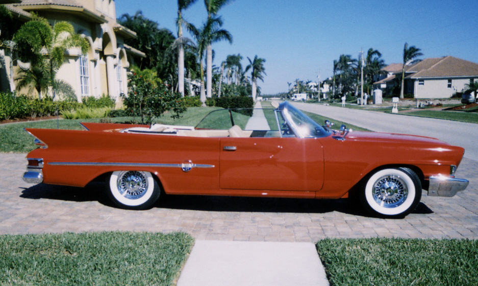 1961 CHRYSLER 300G CONVERTIBLE - Side Profile - 39889