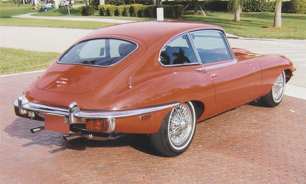 1969 JAGUAR E-TYPE SERIES 2, 2+2 - Rear 3/4 - 39890