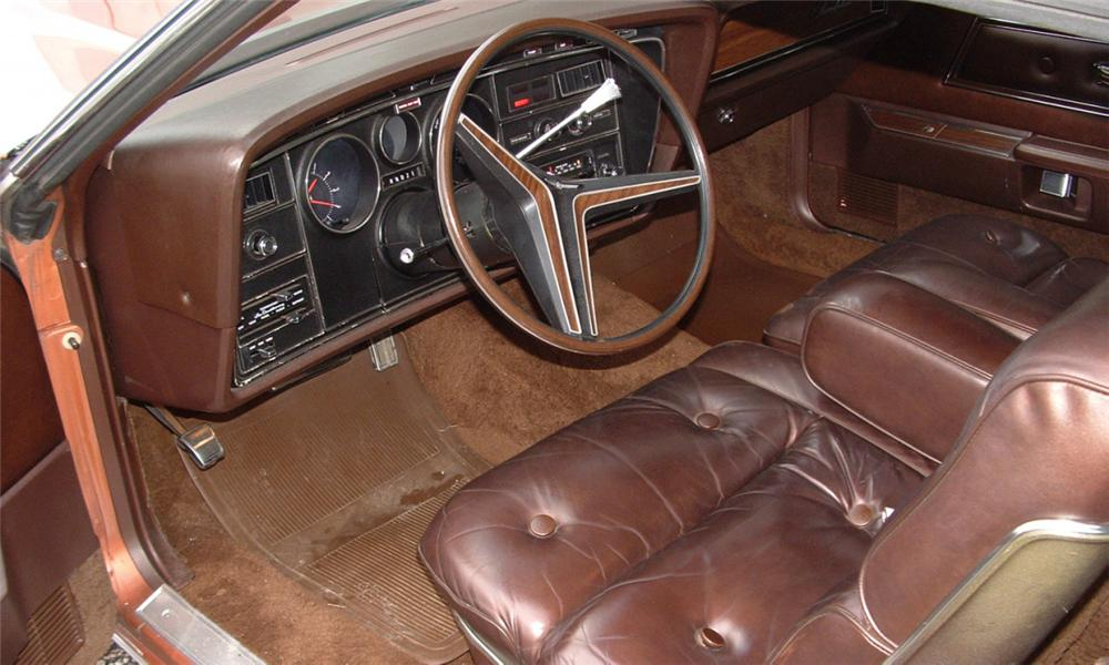 1972 FORD THUNDERBIRD 2 DOOR COUPE - Interior - 39902