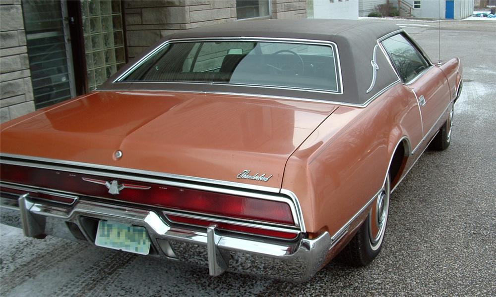 1972 FORD THUNDERBIRD 2 DOOR COUPE - Rear 3/4 - 39902