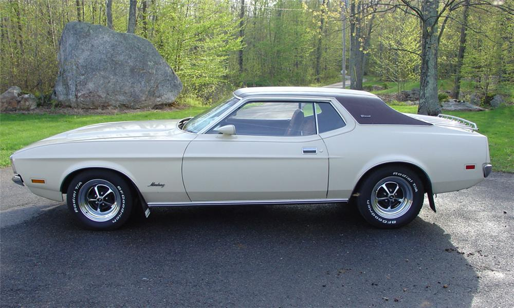 1971 FORD MUSTANG COUPE - Side Profile - 39903