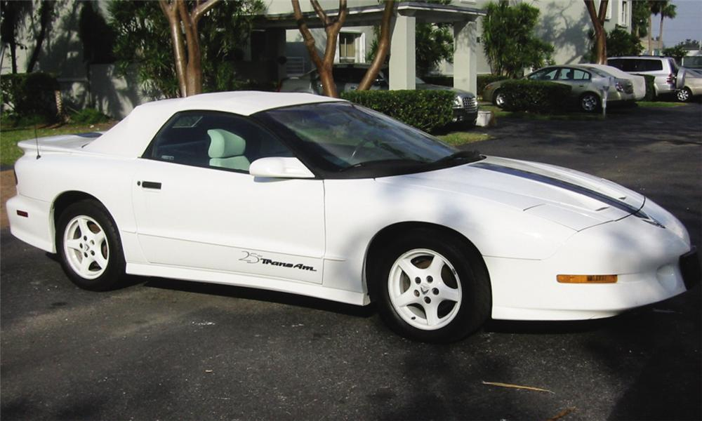 1994 PONTIAC FIREBIRD TRANS AM 25TH ANNIVERSARY CONVERTIBLE - Front 3/4 - 39915