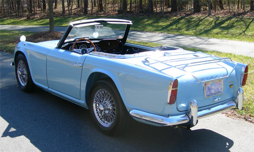 1963 TRIUMPH TR-4 ROADSTER - Rear 3/4 - 39923