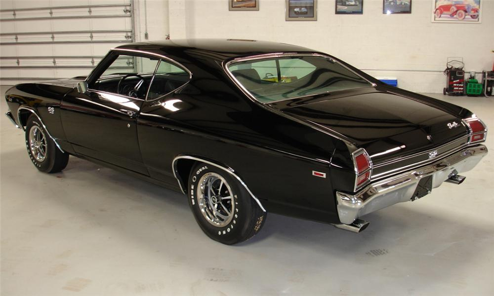 1969 CHEVROLET CHEVELLE SS 396 COUPE - Rear 3/4 - 39925