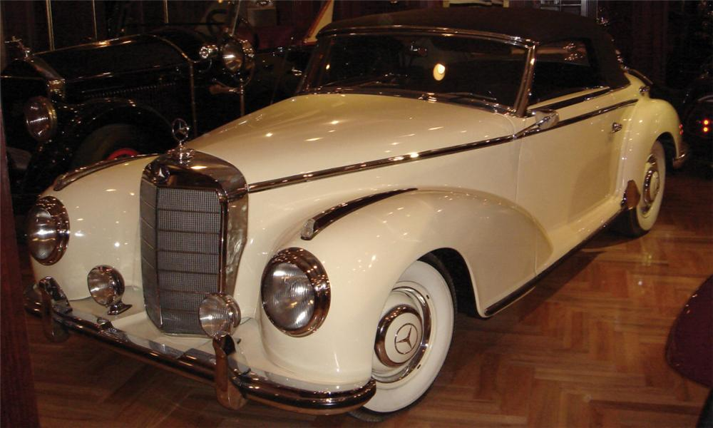 1953 MERCEDES-BENZ 300S C CONVERTIBLE - Front 3/4 - 39957