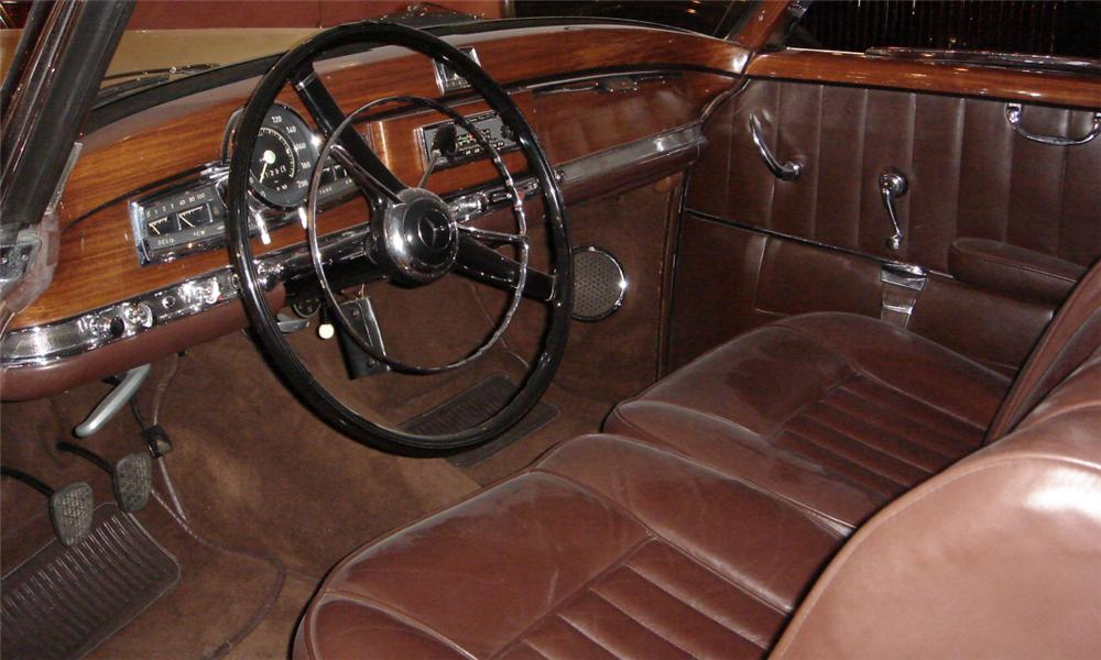1953 MERCEDES-BENZ 300S C CONVERTIBLE - Interior - 39957