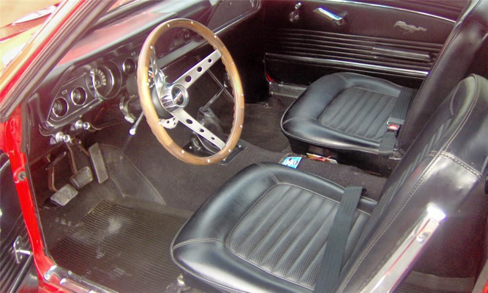 1966 FORD MUSTANG CUSTOM COUPE - Interior - 39981