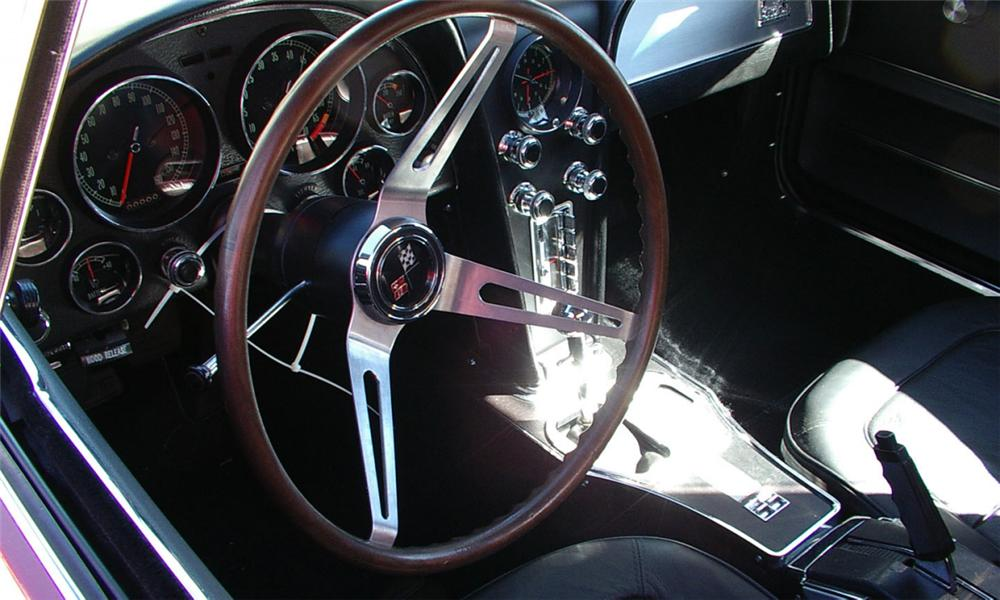 1967 CHEVROLET CORVETTE 427/435 CONVERTIBLE - Interior - 39989