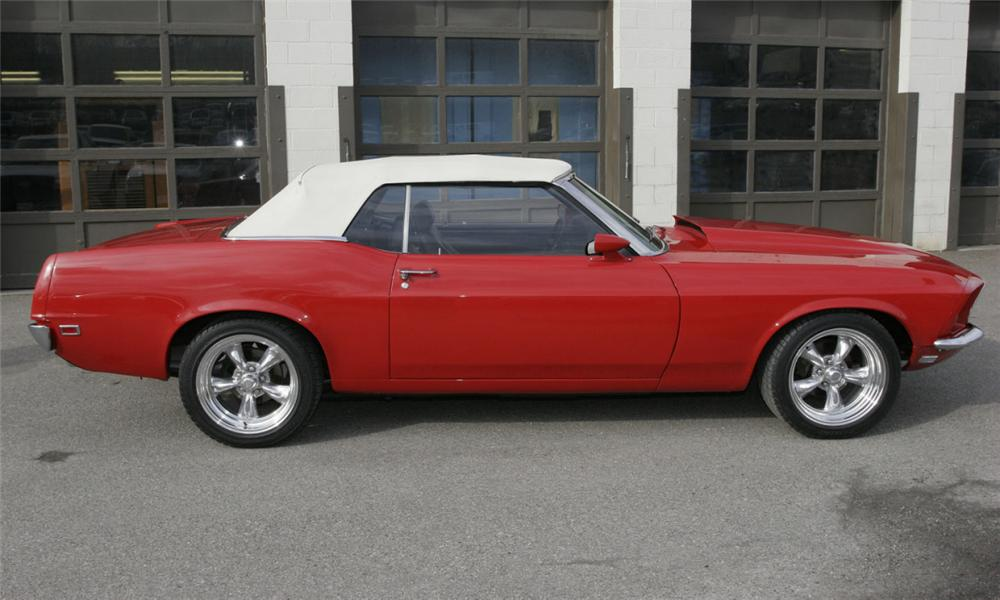 1969 FORD MUSTANG CUSTOM CONVERTIBLE - Side Profile - 39991