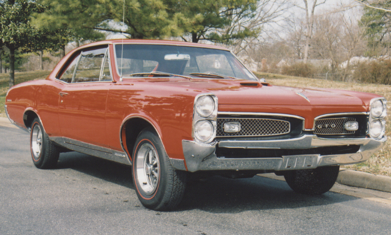 1967 PONTIAC GTO COUPE - Front 3/4 - 39992