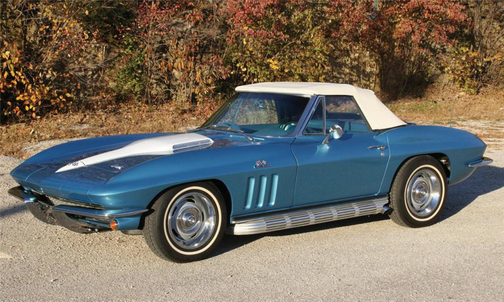 1966 CHEVROLET CORVETTE 427/390 CONVERTIBLE - Front 3/4 - 39999
