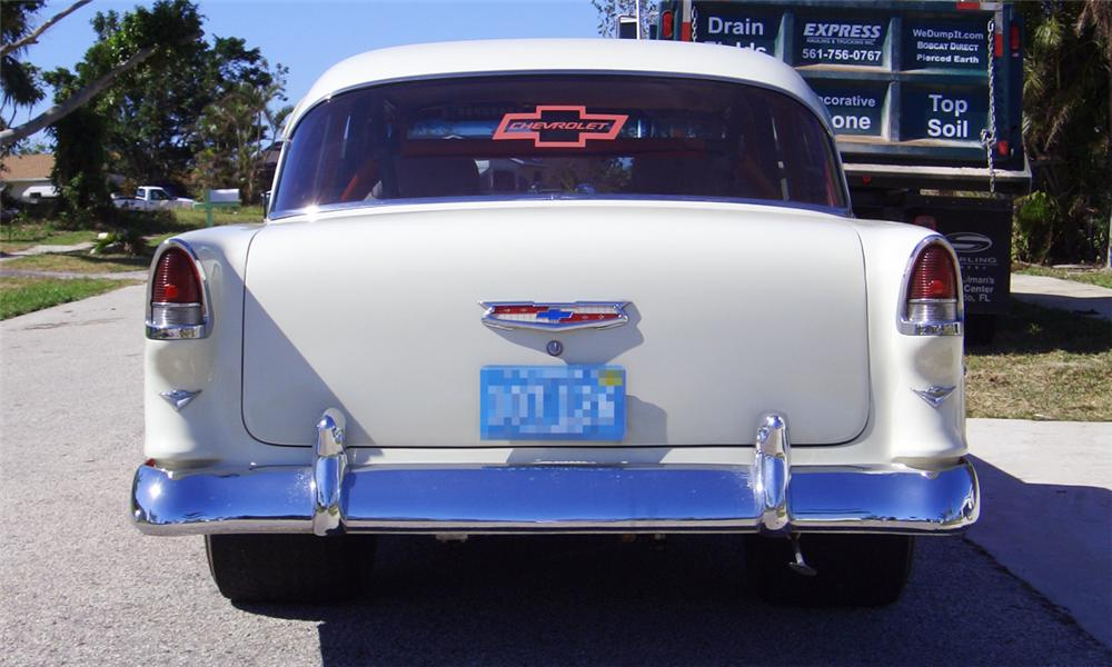 1955 CHEVROLET 210 CUSTOM 2 DOOR HARDTOP - Rear 3/4 - 40008