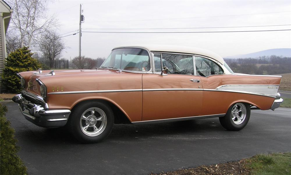1957 CHEVROLET BEL AIR SPORT COUPE - Side Profile - 40022
