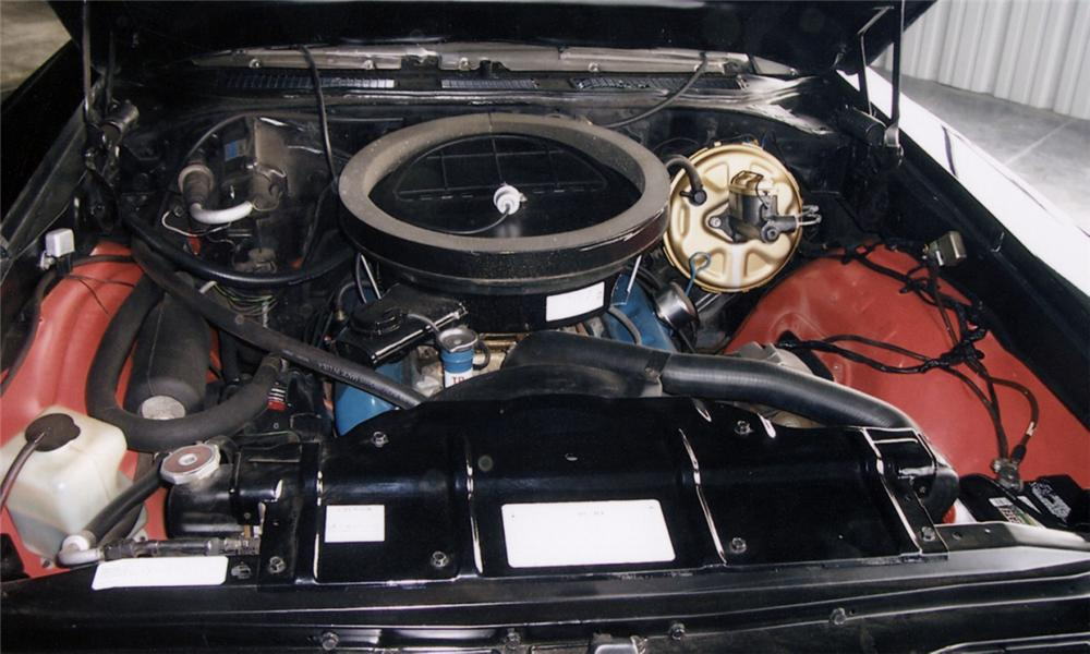 1970 OLDSMOBILE 442 CONVERTIBLE W30 RE-CREATION - Engine - 40023
