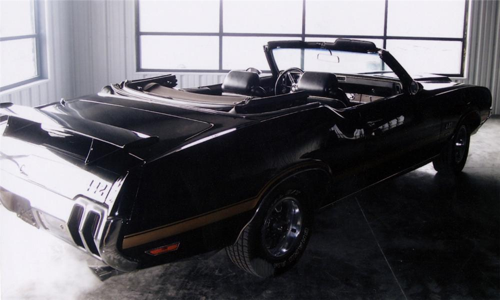 1970 OLDSMOBILE 442 CONVERTIBLE W30 RE-CREATION - Rear 3/4 - 40023