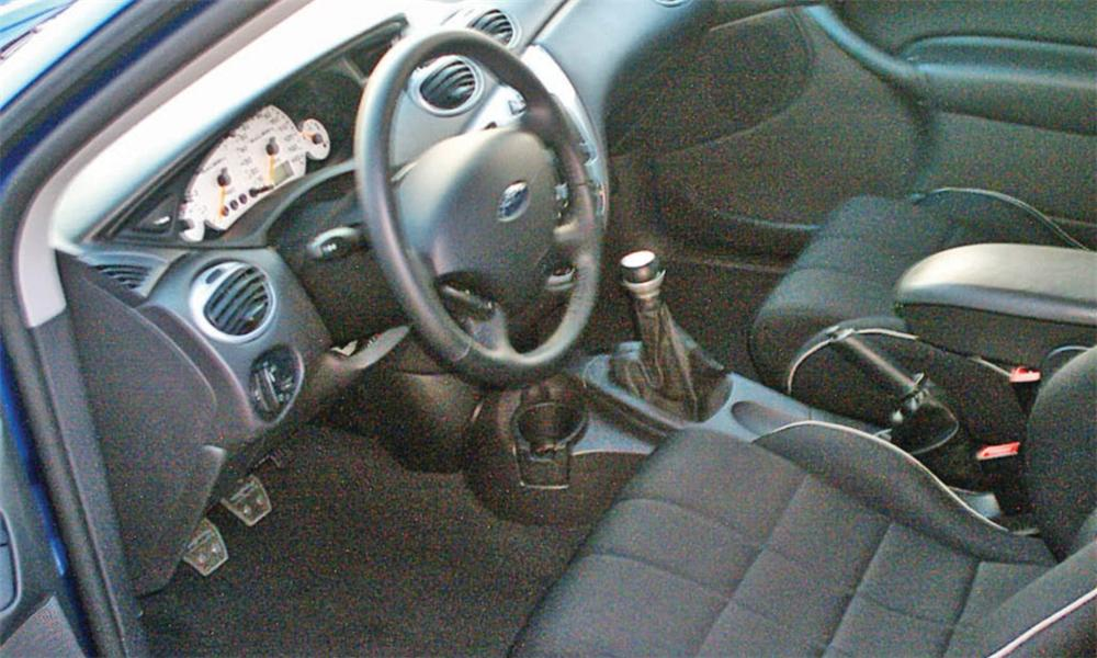 2004 FORD FOCUS SALEEN 3 DOOR - Interior - 40029