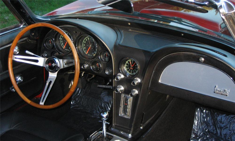 1966 CHEVROLET CORVETTE CONVERTIBLE - Interior - 40031
