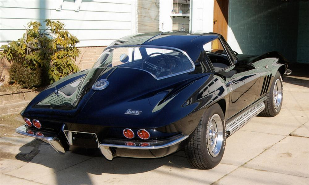 1966 CHEVROLET CORVETTE COUPE - Rear 3/4 - 40036
