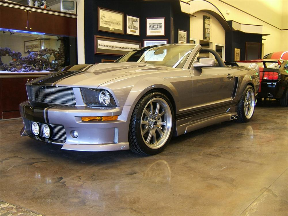 "2006 FORD MUSTANG CUSTOM ""TRIBUTE"" CONVERTIBLE - Front 3/4 - 40049"