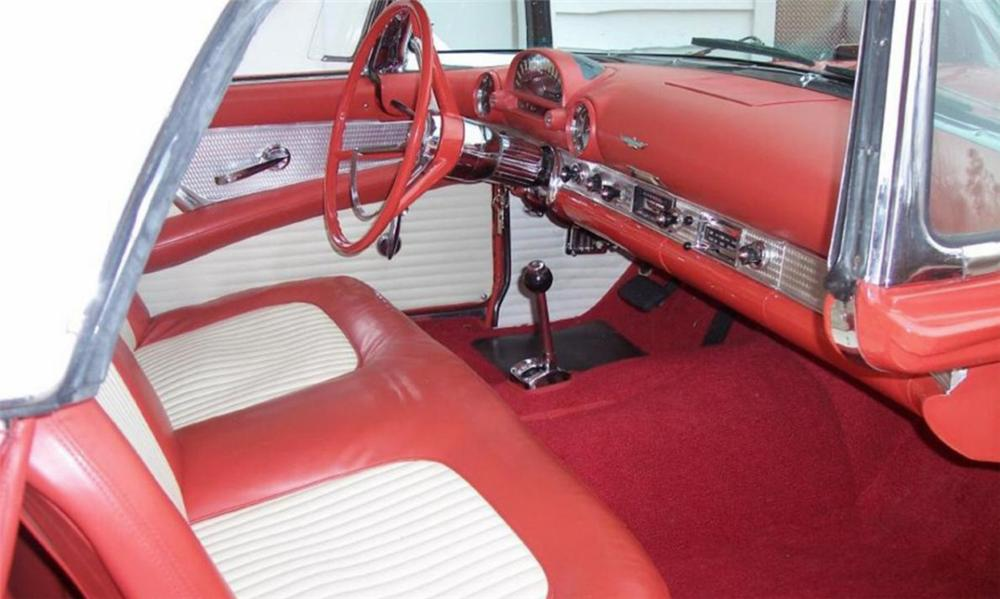 1956 FORD THUNDERBIRD CONVERTIBLE - Interior - 40050