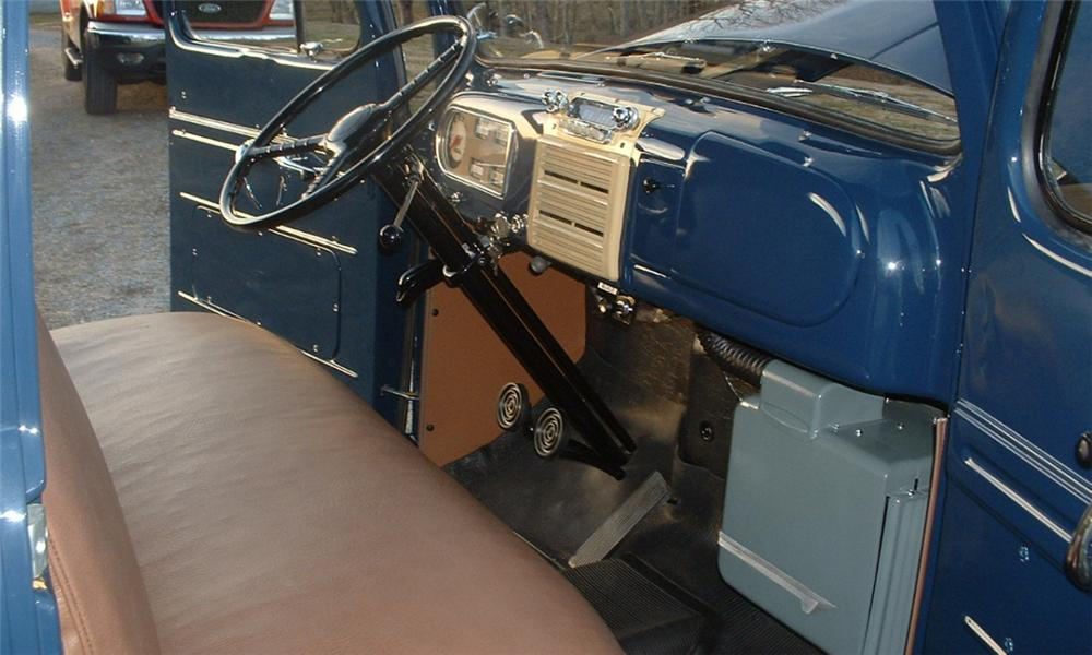 1950 FORD PICKUP - Interior - 40059
