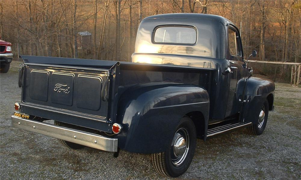 1950 FORD PICKUP - Rear 3/4 - 40059