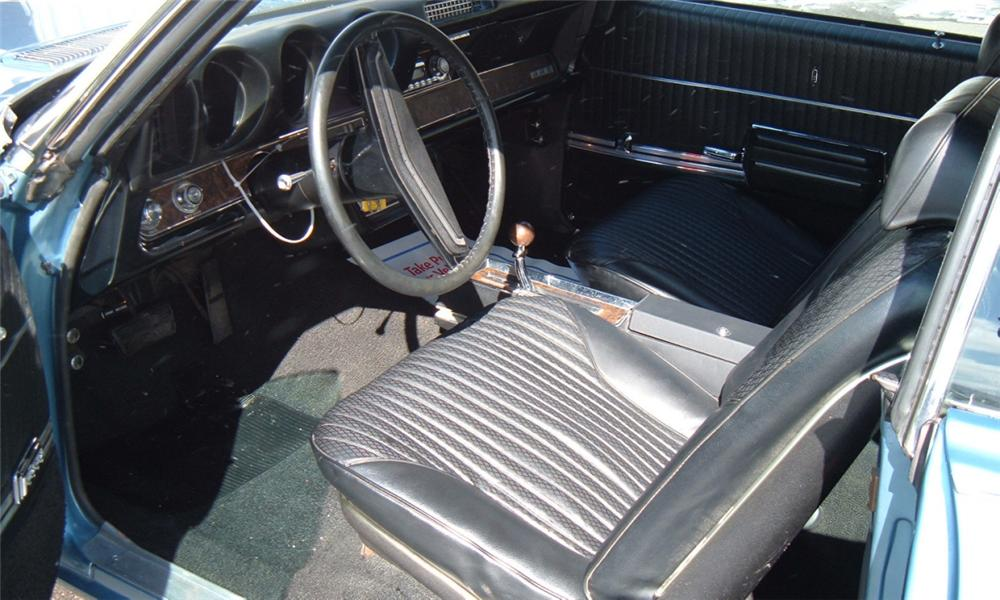 1969 OLDSMOBILE 442 CONVERTIBLE - Interior - 40067