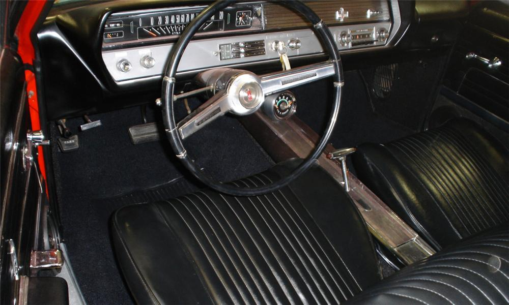 1965 OLDSMOBILE CUTLASS CONVERTIBLE - Interior - 40072
