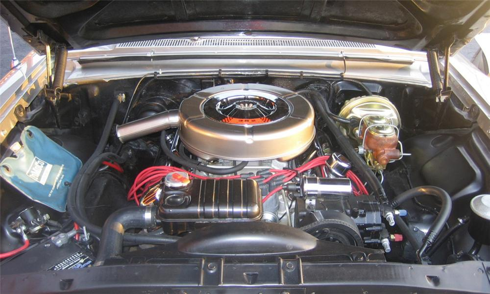 1964 FORD GALAXIE COUNTRY SQUIRE CUSTOM WAGON - Engine - 40074