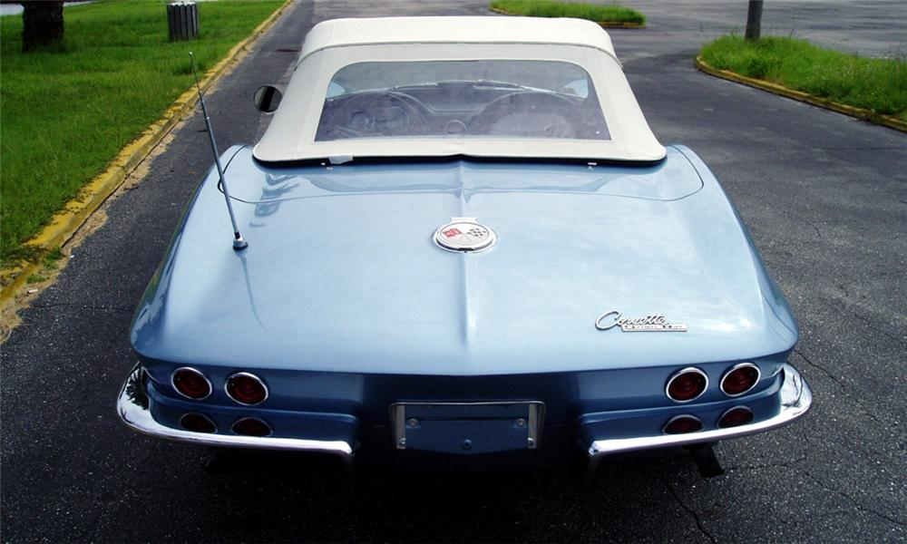 1963 CHEVROLET CORVETTE FI CONVERTIBLE - Rear 3/4 - 40081