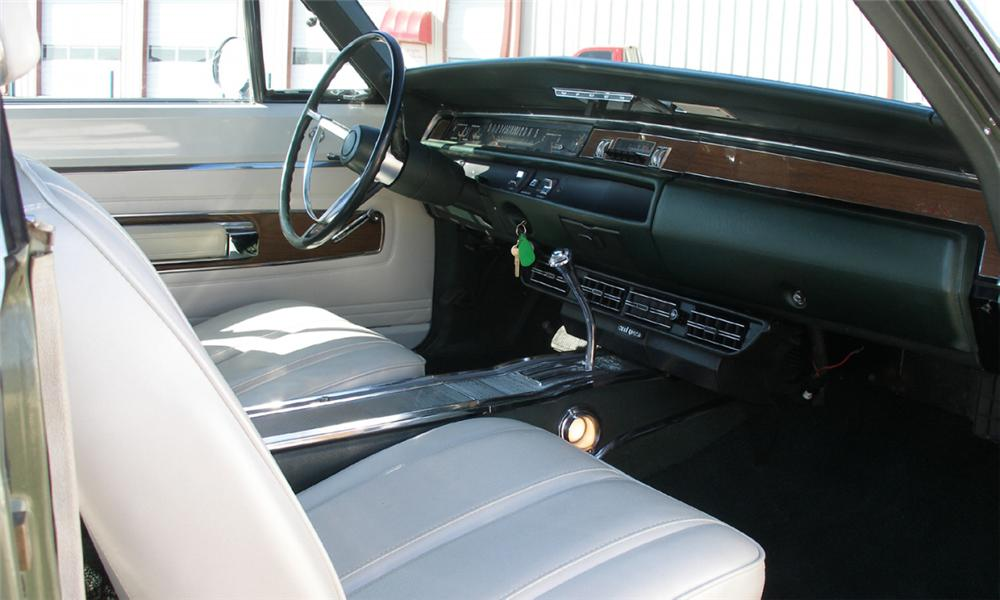 1968 PLYMOUTH GTX CONVERTIBLE - Interior - 40084