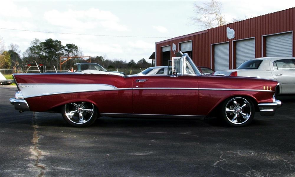 1957 CHEVROLET BEL AIR CUSTOM CONVERTIBLE - Side Profile - 40086