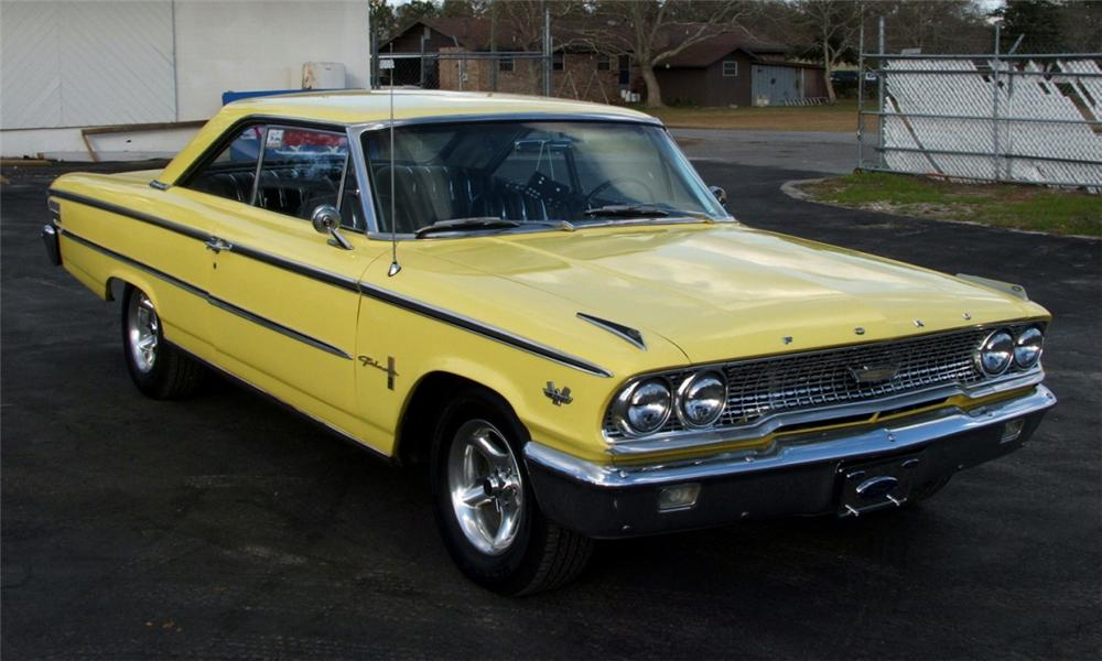 1963 FORD GALAXIE CUSTOM 2 DOOR HARDTOP - Front 3/4 - 40091