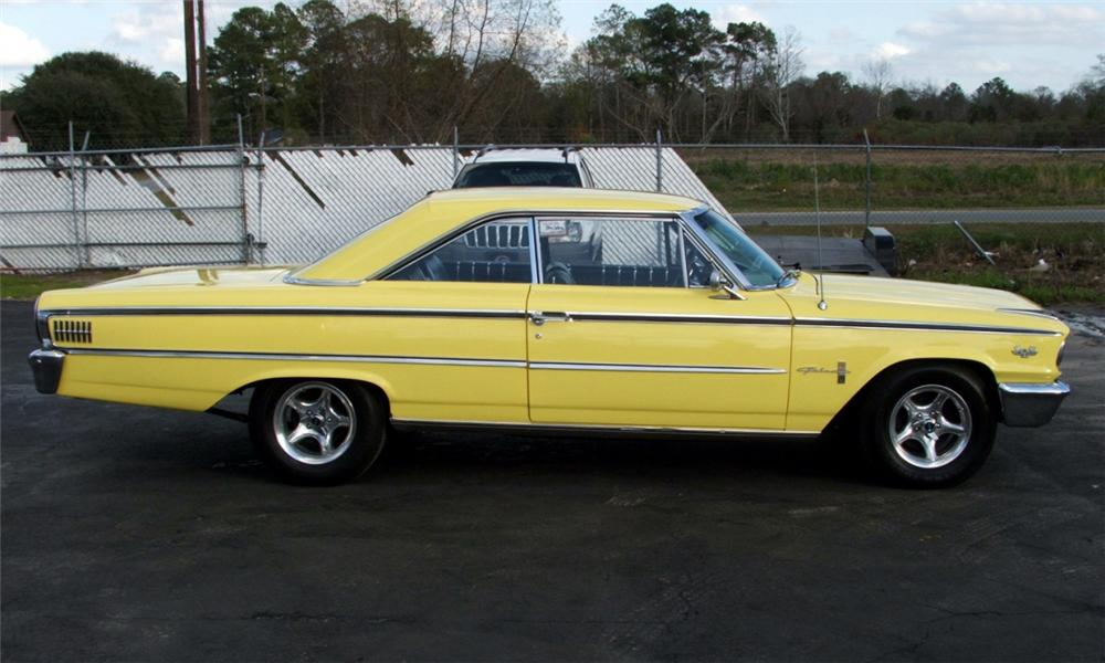 1963 FORD GALAXIE CUSTOM 2 DOOR HARDTOP - Side Profile - 40091