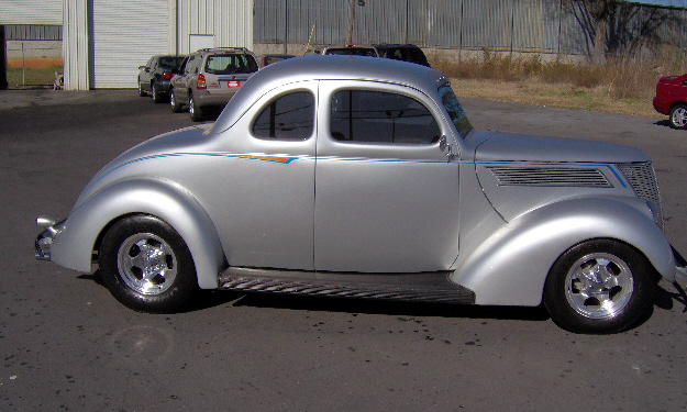 1937 FORD COUPE STREET ROD - Side Profile - 40093