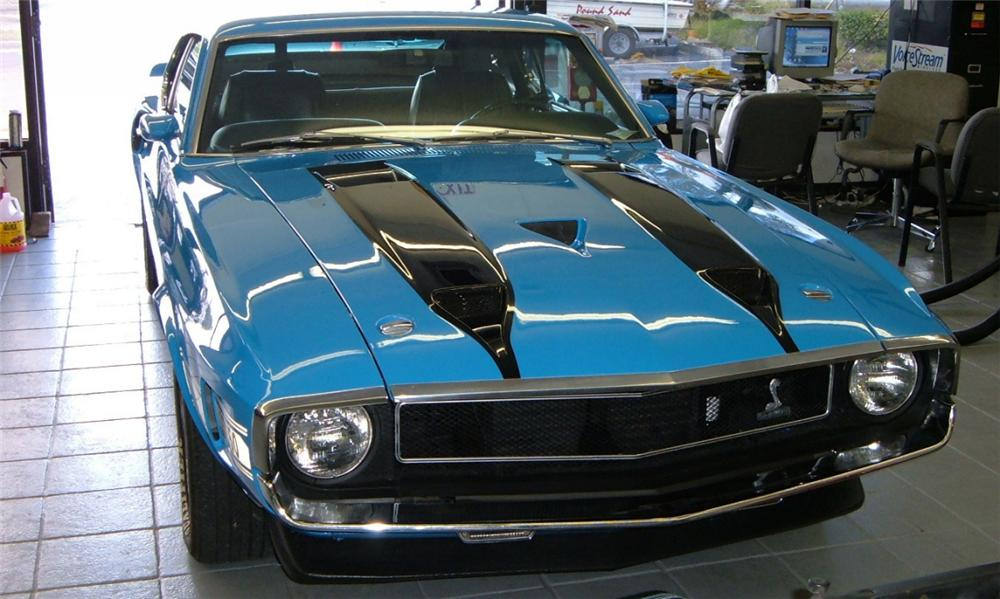1970 SHELBY GT350 FASTBACK - Front 3/4 - 40103