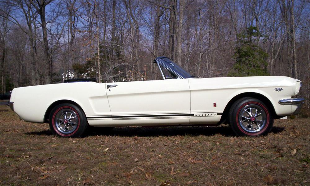 """1966 FORD MUSTANG GT """"K"""" CODE CONVERTIBLE - Side Profile - 40109"""