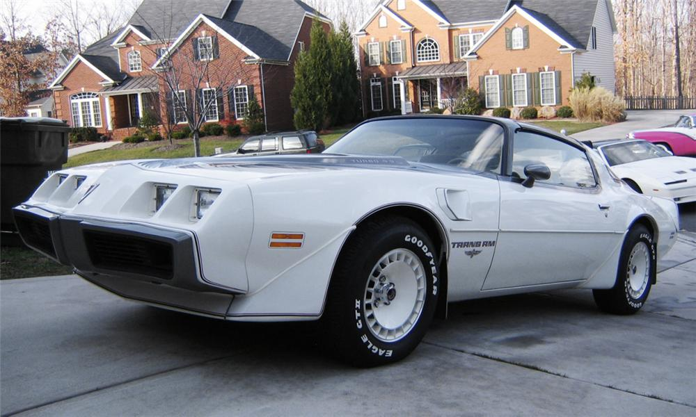 1980 PONTIAC FIREBIRD TRANS AM INDY PACE CAR - Front 3/4 - 40113