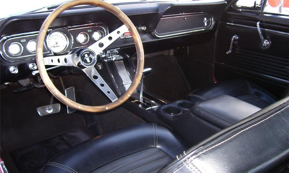 1966 FORD MUSTANG COUPE - Interior - 40121