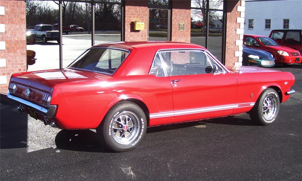1966 FORD MUSTANG COUPE - Rear 3/4 - 40121