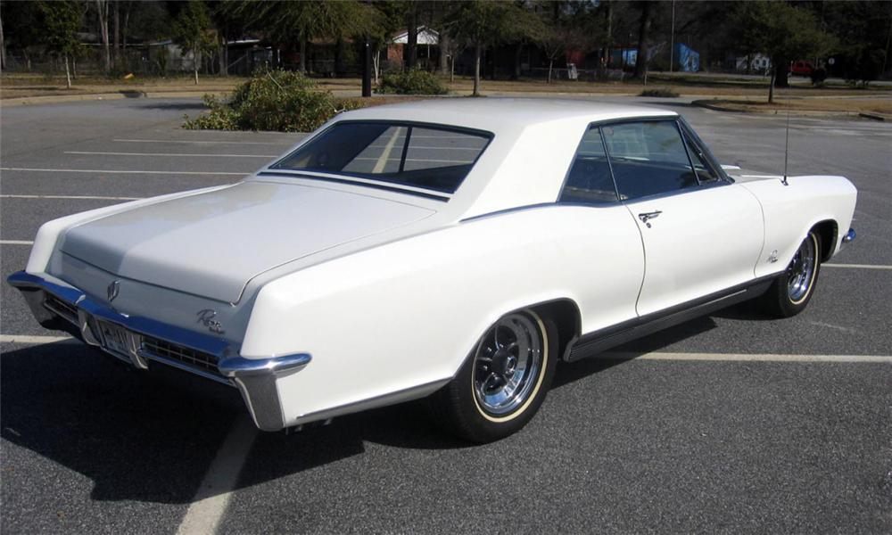 1965 BUICK RIVIERA GS COUPE - Rear 3/4 - 40129