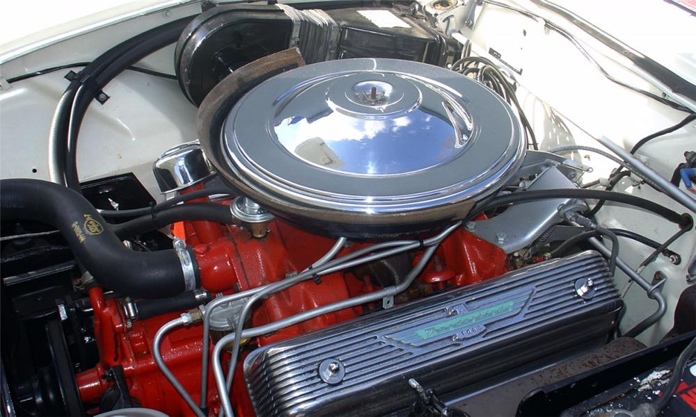 1957 FORD THUNDERBIRD 2 DOOR CONVERTIBLE - Engine - 40145