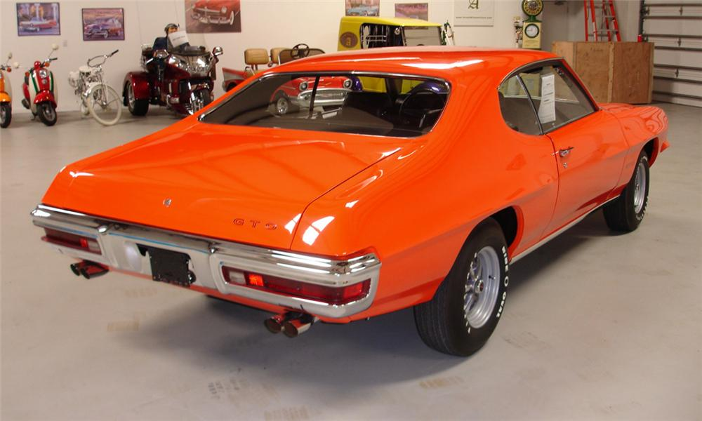 1971 PONTIAC GTO COUPE - Rear 3/4 - 40160