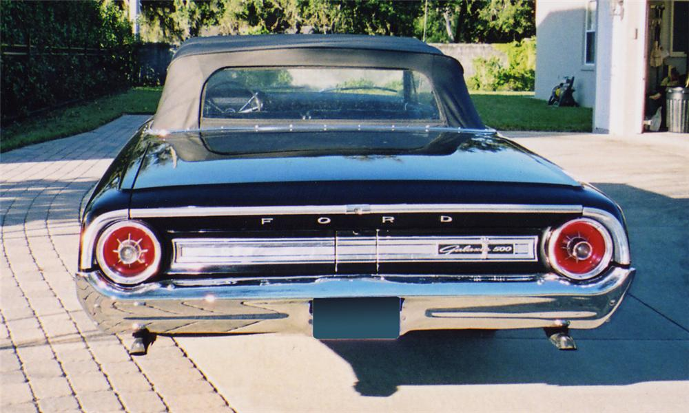 1964 FORD GALAXIE 500 CONVERTIBLE - Rear 3/4 - 40228
